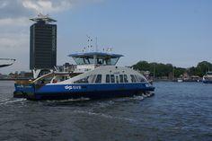 Met de pont naar Amsterdam-Noord.