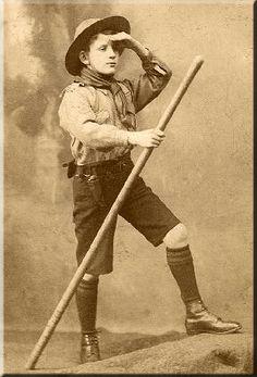Google Image Result for http://www.cubpack527.org/images/vintage_boy_hiking.GIF
