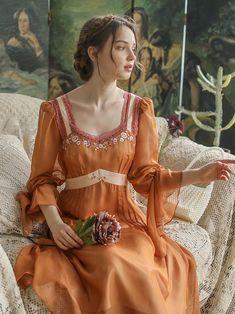 Pretty Outfits, Pretty Dresses, Beautiful Dresses, Vintage Dresses, Vintage Outfits, Fairytale Dress, Fantasy Dress, Le Jolie, Mode Outfits