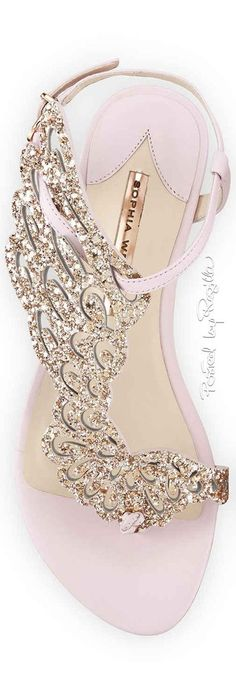 Sandals Summer Regilla ⚜ Una Fiorentina in California - There is nothing more comfortable and cool to wear on your feet during the heat season than some flat sandals. Pretty Shoes, Beautiful Shoes, Cute Shoes, Me Too Shoes, Dream Shoes, Crazy Shoes, Shoe Boots, Shoes Sandals, Flat Sandals