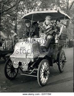 Nov. 07, 1971 - The R.A.C. London to Brighton Veteran Car Rally ? 250 veteran cars started off from London?s Hyde - Stock Image