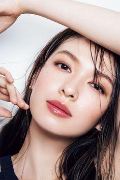 Pin by tim wong on asian makeup in 2019 макияж, красота, косметология. Korean Eye Makeup, Asian Makeup, Eye Makeup Tips, Japanese Makeup, Japanese Beauty, Japanese Eyes, Beauty Make-up, Asian Beauty, Natural Beauty