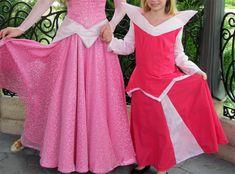 Galerie d'images de robes de princesses Disney pour enfant faites maison. Robe de la princesse Aurore dans la belle au bois dormant | Le monde de Disney