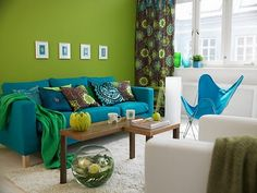 Feng shui living room design is vital for your family and should be addressed with its importance in mind. Peacock Living Room, Peacock Room, Teal Living Rooms, Peacock Decor, Peacock Colors, Feng Shui Living Room Colours, Feng Shui Colours, Living Room Colors, Living Room Decor