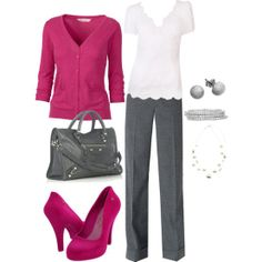 Outfit with a pink pop!