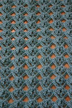Diamond Lace Stitch: Free Tutorial on SuziQ Creations at http://suziqcreations.blogspot.com/2012/08/diamond-lace-stitch-tutorial.html