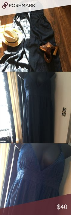 🌺🌹Denim Halter Maxi🌹🌹 🌺✨NWOT Boho as as you go into the perfect summer addition.Don't see much of These dresses going around😌🌹 Dresses Maxi