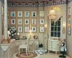 Brooke Tucker - Fashion Plates Dressing Room I don't remember this one. Miniature Rooms, Miniature Houses, Miniature Furniture, Dollhouse Furniture, Victorian Dollhouse, Barbie Furniture, Decoration, Dollhouse Miniatures, Interior Decorating