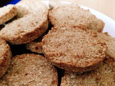 - Highly recommended this recipe! These delicious cookies are ready in no time and also taste super d - Healthy Dessert Recipes, Vegan Snacks, Healthy Treats, Healthy Baking, Baking Recipes, Snack Recipes, Healthy Food, Healthy Biscuits, Go For It