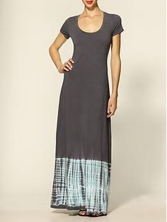do we like the short sleeve maxi dress? and am I too short for it? not sure.