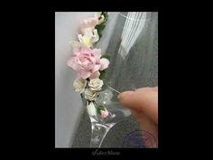Мастер класс декор свадебных бокалов - YouTube Wedding Cups, Wedding Bottles, Wedding Glasses, Glitter Glasses, Wine Bottle Crafts, How To Sew Baby Blanket, Hand Painted Wine Glasses, Bottle Vase, Bottle Lights
