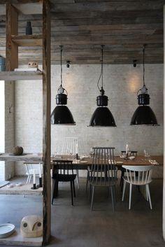 I want this in my bedroom Restaurant Host / Copenhagen / Menu Norm Dinnerware / Menu / Designtrade. Rustic Restaurant, Vintage Restaurant, Restaurant Design, Vintage Industrial Decor, Industrial Living, Industrial Table, Vintage Lamps, Vintage Lighting, Modern Industrial