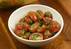 8 tökéletes saláta, ha nem akarsz nehezet enni a hőségben   nosalty.hu Green Eggs And Ham, My Recipes, Buffet, Salads, Paleo, Strawberry, Stuffed Peppers, Fruit, Vegetables