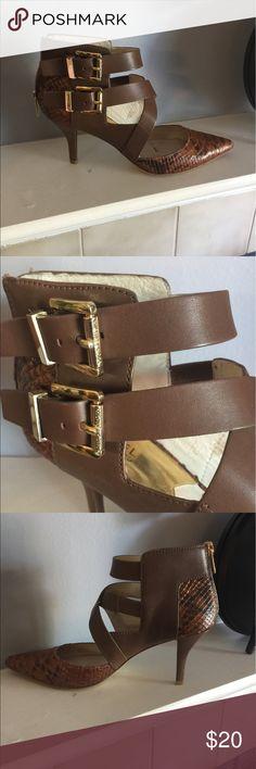 Euc MK strappy heals. 💕 Michael Kors Shoes Heels