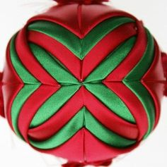 Free Folded Star Ornament Pattern | Folded Fabric Ornaments - Stars!