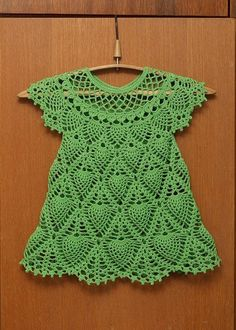 sukienka szydełkowa dla dziewczynki 05