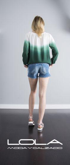 Y combinar tu blusa con el short denim te viene aún mejor.  Pincha este enlace para comprar tu pantalón en nuestra tienda on line:  http://lolamodaycalzado.es/primavera-verano/600-short-de-verano-con-cinturon-salsa.html