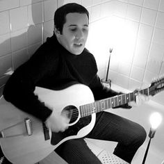 Paul Simon, the great wordsmith, speaks as vividly through his guitar as his lyrics. Weaned on early doo-wop and rock & roll, Simon got caught up in the folk revival during the mid-Sixties, traveling to England to study the acoustic mastery of Bert Jansch.