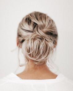 Wedding Up Do, Half Up Wedding Hair, Messy Wedding Hair, Simple Wedding Hairstyles, Loose Hairstyles, Bride Hairstyles, Blonde Bride, Blonde Hair, Side Chignon