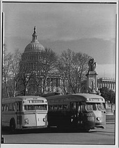 Multimodal transit in front of the Capitol.