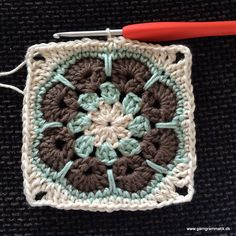 Crochet Squares, Crochet Granny, Knit Crochet, African Flowers, Crochet Flowers, Handicraft, Baby Knitting, Crochet Projects, Chevron