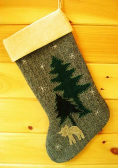 Personalized Christmas Stockings For 2013 Christmas, Personalized Christmas tree Stocking, Burlap Christmas Stockings #Personalized #Christmas #Stockings www.loveitsomuch.com