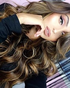 Hair color o want, Women with Beautiful Hair Gorgeous Makeup, Pretty Makeup, Gorgeous Hair, Makeup Looks, Beauty Makeup, Hair Beauty, Makeup Eyes, Pretty Hairstyles, Pretty Face