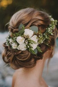 Most popular Wedding Hairstyles With Flowers Pictures