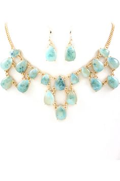 Water Blue Katherine Necklace & Earrings.