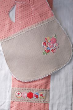 sewing for a baby (no, I'm not pregnant!!!) | lots of pink here!