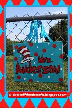 Photo on My Crafts @ circleoffriendscrafts.blogspot.com / Dr. Seuss Teacher Name Canvas