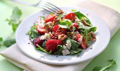 Σαλάτα με φράουλες, σπανάκι και φέτα