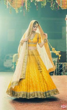 Looking for Bridal Lehenga for your wedding ? Dulhaniyaa curated the list of Best Bridal Wear Store with variety of Bridal Lehenga with their prices Choli Designs, Lehenga Designs, Indian Lehenga, Lehenga Choli, Sarees, Indian Bridal Outfits, Indian Dresses, Bridal Dresses, Wedding Dresses