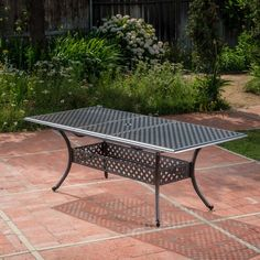 Metal Patio Furniture, Metal Dining Chairs, Outdoor Dining Chairs, Outdoor Tables, Patio Table, Outdoor Decor, Lattice Garden, Expandable Dining Table, Rectangle Dining Table