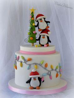 www.cakecoachonline.com - sharing...Penguin christmas tree cake