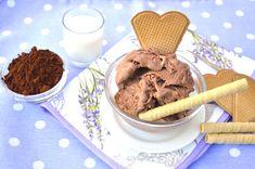 La ricetta del gelato al cacao Bimby veloce. Anche tu puoi gustare un gelato fatto in casa senza gelatiera e senza uova! Gusto intenso? Usa cacao amaro!