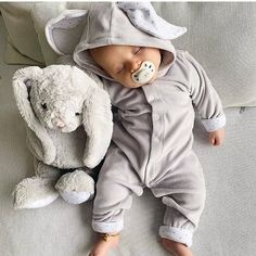 "🐞CUTEKIDSWORLD🐞 on Instagram: ""#cutekid❤ @livlyclothing ❤ via @kids_fashion_perfect @angels2kids @angels4babies"" Orbit Baby, Baby Outfits, Blasian Babys, Baby Boys, Breech Babies, Baby Play Yard, Baby Playpen, Baby Prams, Baby Sheep"