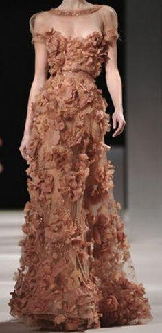 ELIE-SAAB-Haute-couture-spring-summer-2011-26.jpg 288×593 pixels