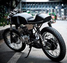 Yamaha RX 135 'FAITH' Cafe Racer by Srikanth Naidu - Maxabout News