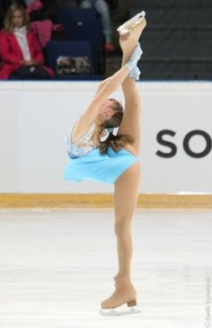 You gotta admit it- Yulia has immense flexibility skills!!