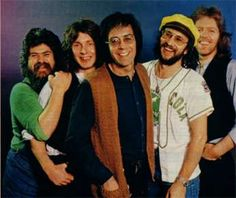 Manfred Mann's Earth Band, featuring Manfred Mann, Mick Rogers, Robert Hart, Jimmy Copely, Steve Kinch, Trevor Rabin, and others