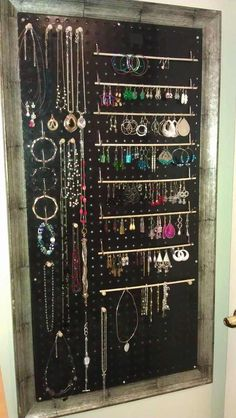 Super Ideas For Jewerly Organizer Diy Wall Jewelery Jewelry Holder Wall, Jewelry Wall, Jewelry Tree, Jewelry Armoire, Necklace Holder, Diy Jewelry Organizer Wall, Jewelry Box, Beaded Jewelry, Jewelry Accessories
