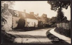 REAL PHOTO POSTCARD WEST HANNEY VILLAGE WANTAGE OXFORDSHIRE BERKSHIRE c1940 in Collectables, Postcards, Topographical: British, England, Oxfordshire | eBay
