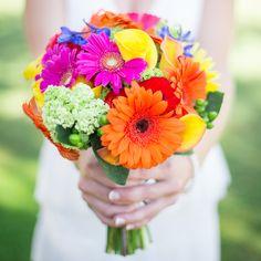 Amazing summer flower wedding bouquet captured by @kielrucker