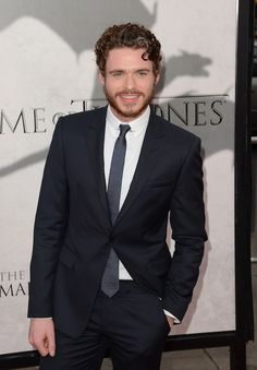 The Official Ranking Of The 21 Hottest Scottish Men In Hollywood ♠  #2 Richard Madden ♥ Oh, you didn't know he was Scottish? Well, now you know. Now devour that curly hair and smile of his.