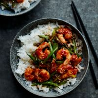 Garlic chilli prawns with green beans