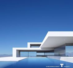 Vivenda de Luxo Adeje Arquiteto Teotimo (Tenerife Canary Is is part of architecture - Luxury Villa Adeje Teotimo Architect (Tenerife Canary Is… Modern Architecture Design, Residential Architecture, Living Haus, Modern Villa Design, Contemporary Design, Dream House Exterior, Exterior Design, House Design, Canary Islands