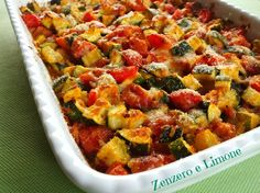 Zucchine e pomodorini al forno - CONTORNO Veg Recipes, Healthy Recipes, Classic Italian Dishes, Italian Pasta Recipes, Salty Foods, Vegetable Side Dishes, Healthy Cooking, My Favorite Food, Food Dishes