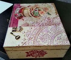 Wooden Diy, Wooden Boxes, Decoupage Box, Tea Box, Altered Boxes, Keepsake Boxes, Box Art, Vintage Wood, Crafts To Make