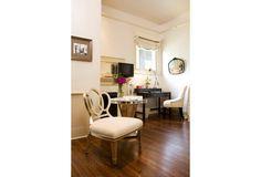 lovely little nook - Farnsworth bedroom at Stonehurst Place B in Atlanta GA